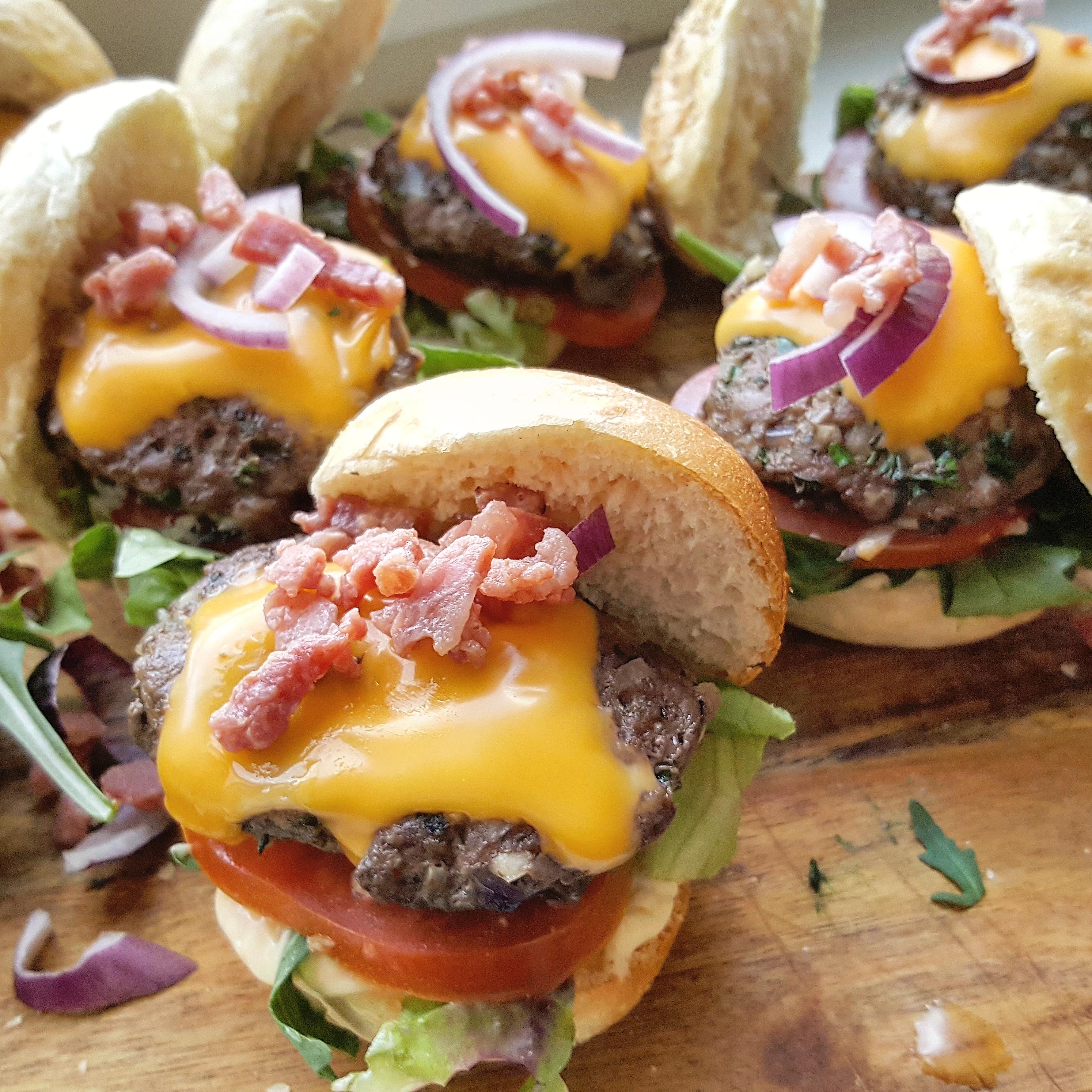 Mini hamburgers!!!!